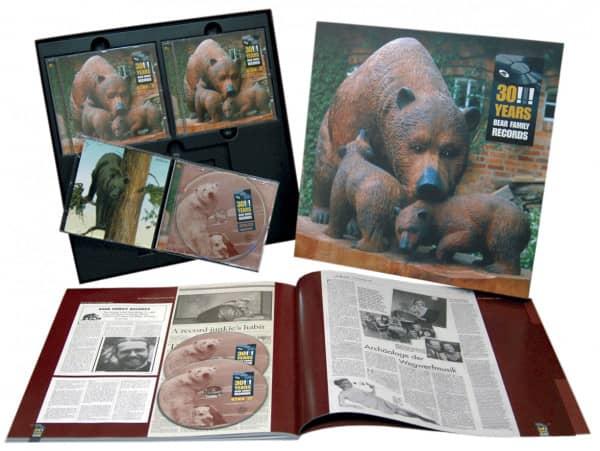 30 Years Bear Family (2-CD & 1-DVD Boxset mit 108-seitigem Buch in LP-Grösse)