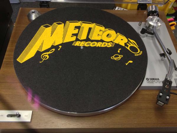 Meteor Records (schwarz-gelb - black-yellow)
